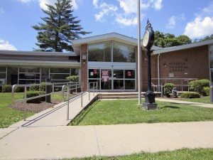 The Mineola Memorial Library