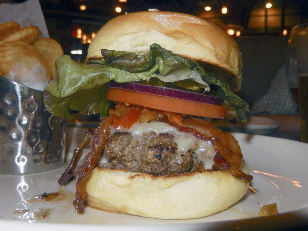 Burger Bar Sears The Juice | Mineola American